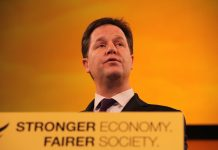 Clegg rules out multiparty government