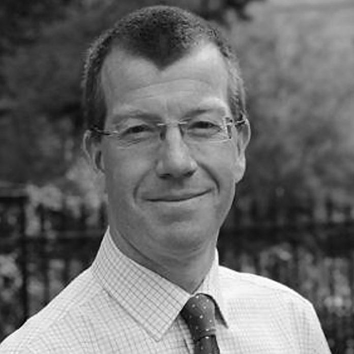 Dr Andrew Goddard