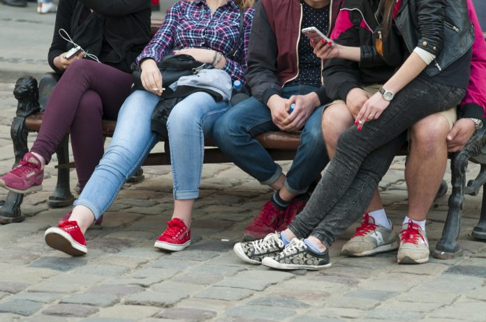 adolescent mental health, technology use