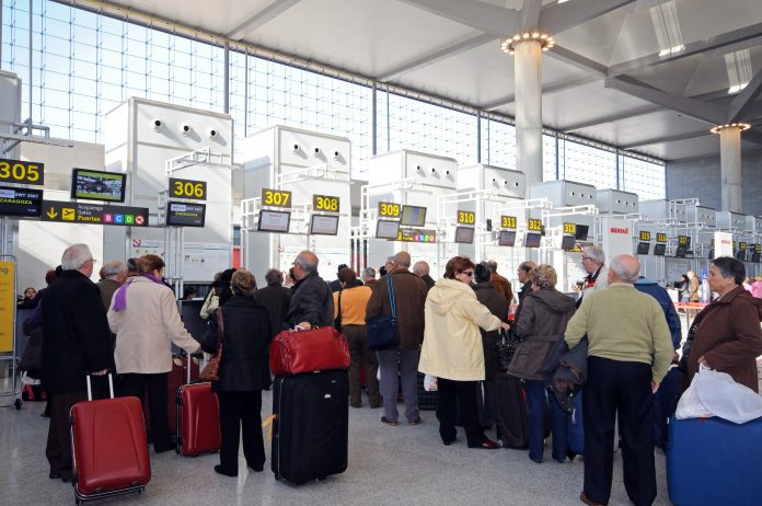 queues at airports
