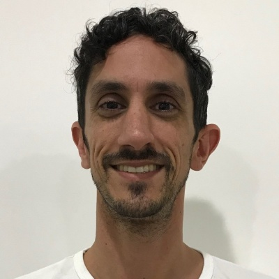 Dr Mark Kavenagh
