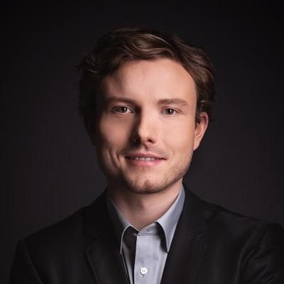 Julian M. Müller