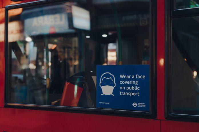 masks public transport, covid pandemic