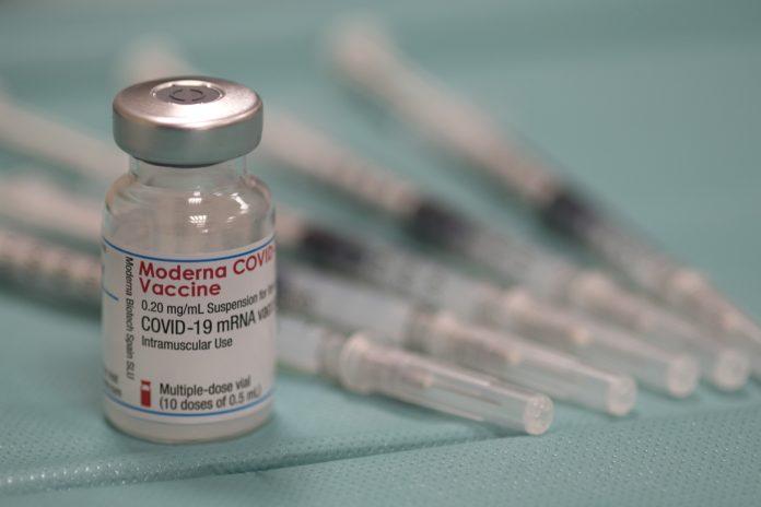 NHS moderna jabs, vaccine take-up